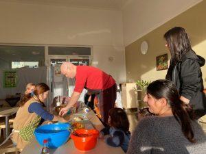 Elterncafé der Kita Wunderland feiert chinesisches Neujahrsfest