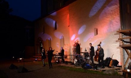 Burgspiele und Jubiläumsgala des Lahnsteiner Theaters feiern Erfolge – Aufführungen gehen noch bis zum 01. August