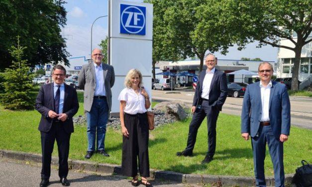 """""""Was heißt hier eigentlich Transformation?"""" – Landtagsabgeordnete Anna Köbberling auf Sommerreise zu Koblenzer Unternehmen"""
