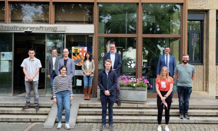 Stadtverwaltung: Nachwuchskräfte feiern Einstand