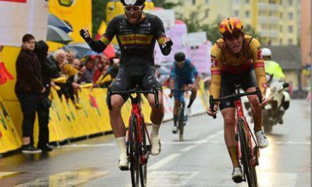 Joshua Huppertz gewinnt 1. Etappe der Sazka Tour