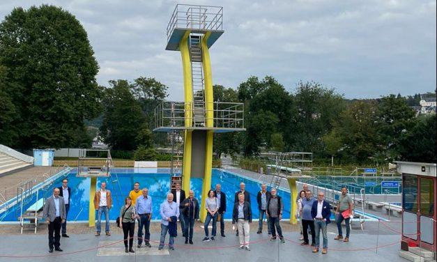 Sport- und Bäderausschuss besichtigt Freibad