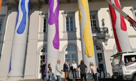 Farbe pur am Koblenzer Schloss